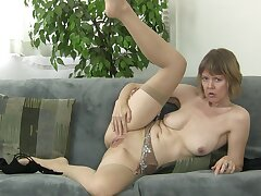 Amateur homemade video of granny Jamie Foster playing with her cravings