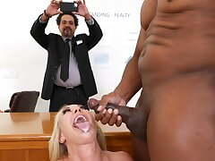 Interracial dicking in the assignation up Brandi Love and her boss