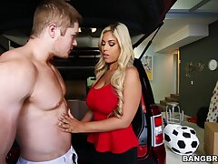 Stunt woman blonde Latina is keen in the air feel this guy's hammer inside the brush