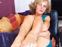 Erotic GILF Feet nigh Face CAM NO SOUND