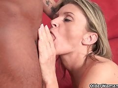 Sexy mature lady sucks and fucks cock