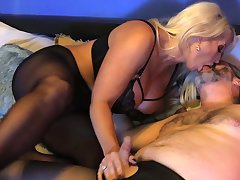 Libidinous mature gets her hands on a serious cock