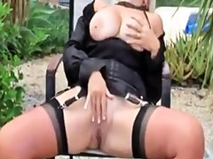 Mature - Sandy - Black Widow