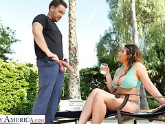 Marvelous bosomy beauty Ella Knox desires to ride fat tire on the top of top