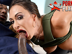Claudia Valentine fucks make an issue of bounty hunters BIG BLACK PENIS