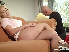 Torrid naturally disadvantage blondie Daisy Dawkins gets pussy licked and banged