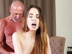 Fucking tight vagina making her wet be incumbent on grandpa
