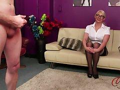 Amateur video of sexy blonde Pippa heeding an amateur guy jerk not present