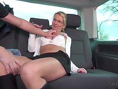A under an obligation mature hitchhiker fucks a chum in get under one's backseat of his van