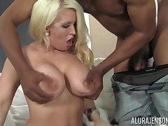 Alura Jenson hot busty cougar porn clip