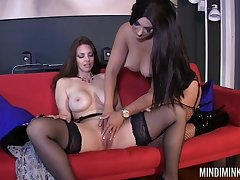 Lesbo partition Mindi Mink enjoys weathering wet pussy be worthwhile for her friend