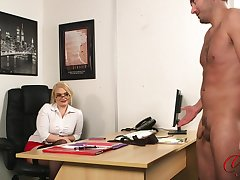 Perv kirmess boss Steph Lockhart watches her assistant masturbating