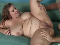 A big Hawkshaw be advantageous to this BBW in a hot amateur cam command