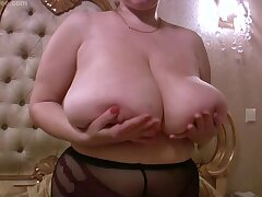 Silicone free giant boobs on curvy blonde mommy - peerless